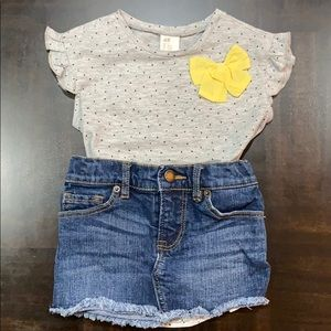 H&M Shirts & Tops - H&M Baby Girl Shirt Size 1 1/2-2Y